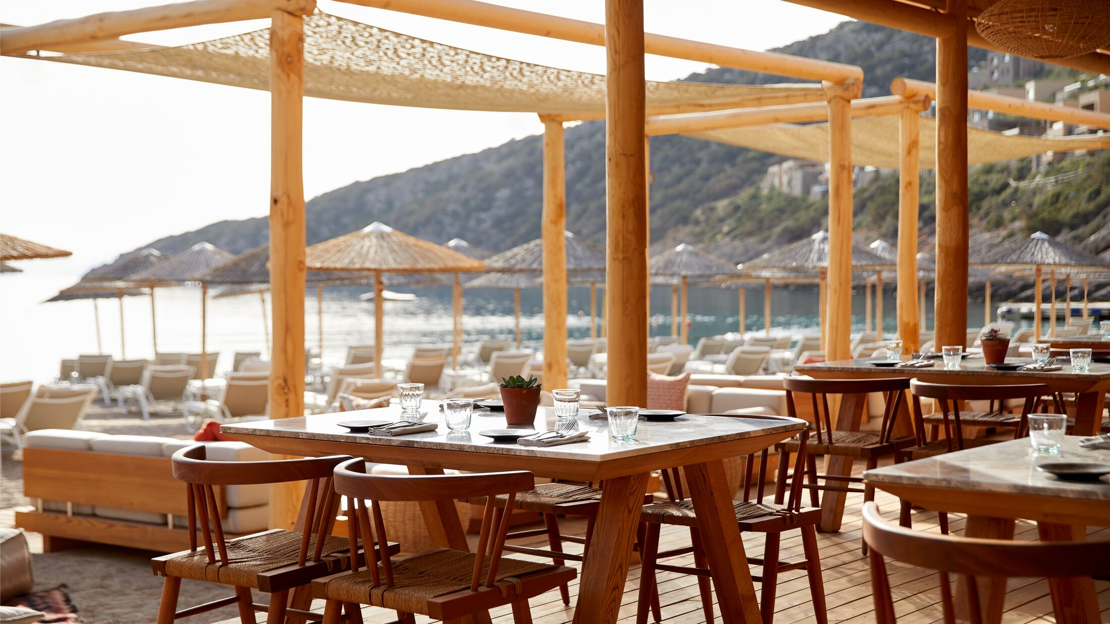 Daios-Cove-Beach-House-Day-Restaurant-001-118431-Hybris
