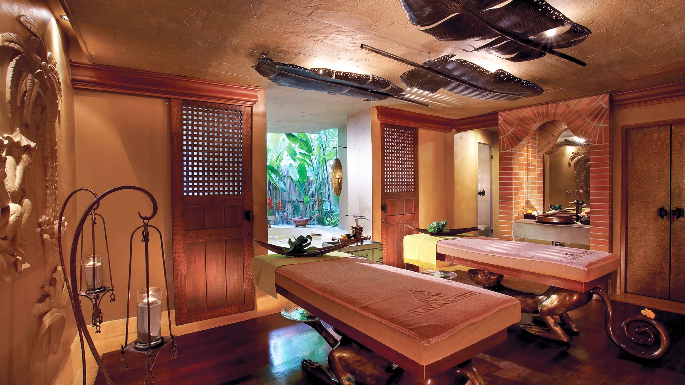 107080 Treatment Room The Rayavadee Spa 001.jpg-Hybris